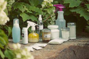 Ce parere aveti despre produsele de curatat naturale?