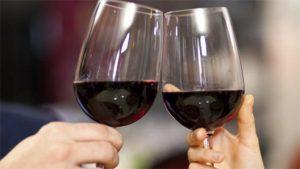 Vinul roșu – secretul unei vieți lungi?